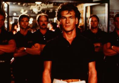 Road House (1989) Pers: Patrick Swayze Dir: Rowdy Herrington Ref: ROA019AR Photo Credit: [ MGM/UA / The Kobal Collection ] Editorial use only related to cinema, television and personalities. Not for cover use, advertising or fictional works without specific prior agreement