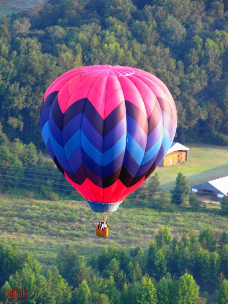 hot_air_balloon_022_25570709_std_redtalk