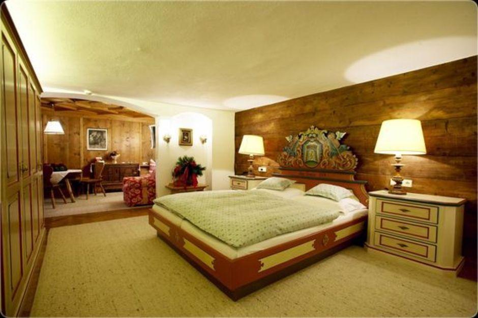 hotel_gasthof_post_bedroom