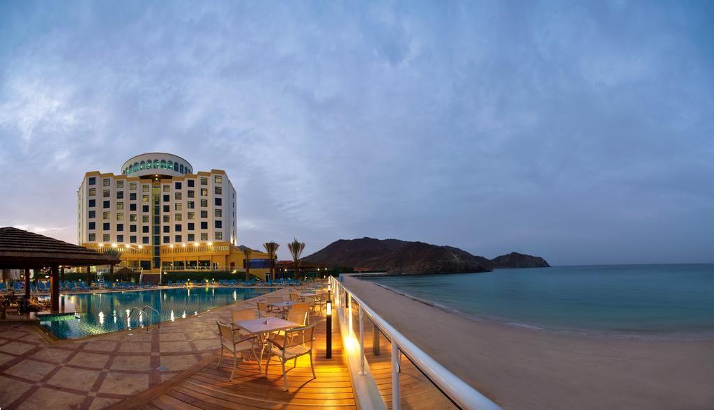 oceanic khorfakkan resort & spa_redtalk